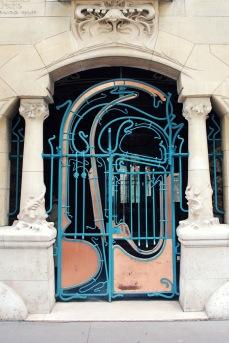 Doorway Castel Beranger